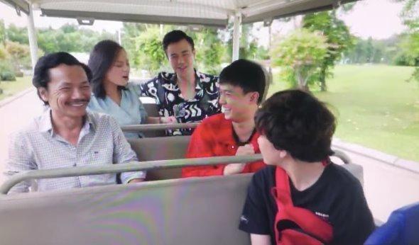 'Về nhà đi con ngoại truyện', Thư ngoại tình, Huệ yêu Quốc cuồng nhiệt Ảnh 5
