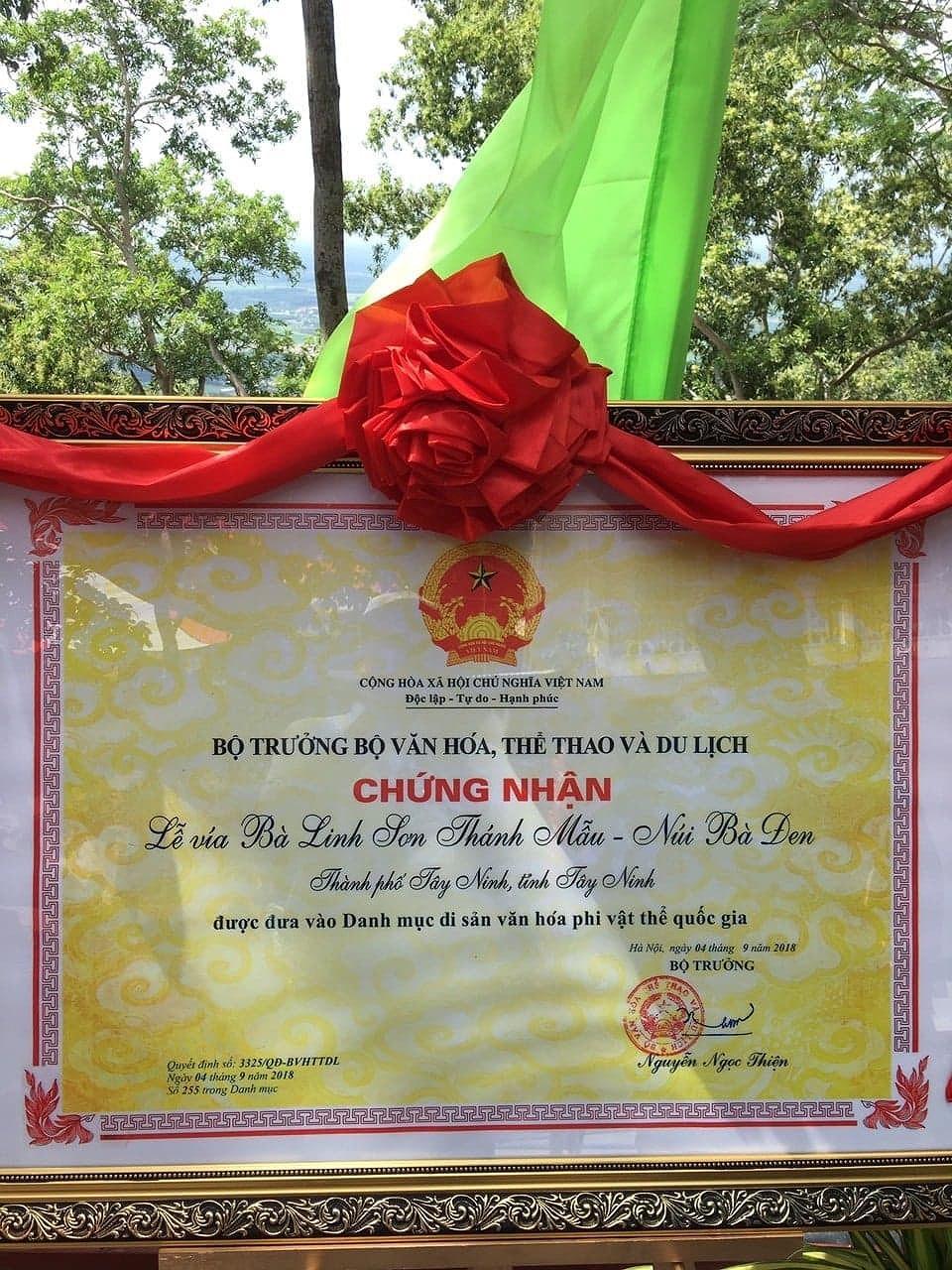 'Lễ vía Bà Linh Sơn Thánh Mẫu núi Bà Đen' là Di sản văn hóa phi vật thể quốc gia Ảnh 2