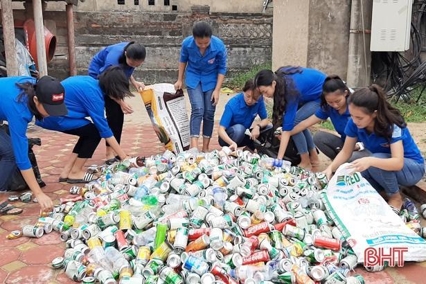 Tuổi trẻ Hà Tĩnh hành động hưởng ứng kỷ niệm 20 năm 'Chiến dịch thanh niên tình nguyện hè' Ảnh 2