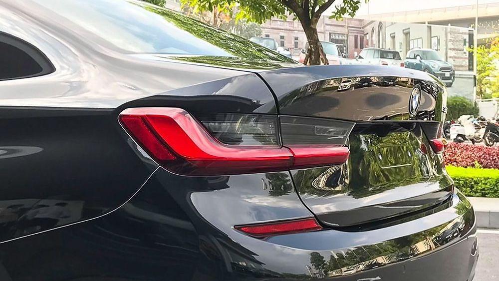 Cận cảnh BMW 330i M Sport giá 2,379 tỷ đồng sắp ra mắt tại Việt Nam Ảnh 5