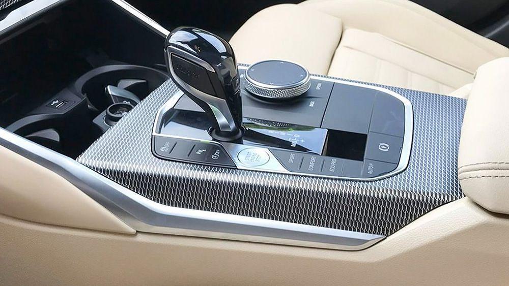 Cận cảnh BMW 330i M Sport giá 2,379 tỷ đồng sắp ra mắt tại Việt Nam Ảnh 12