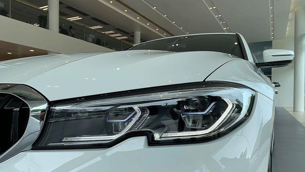 Cận cảnh BMW 330i M Sport giá 2,379 tỷ đồng sắp ra mắt tại Việt Nam Ảnh 6