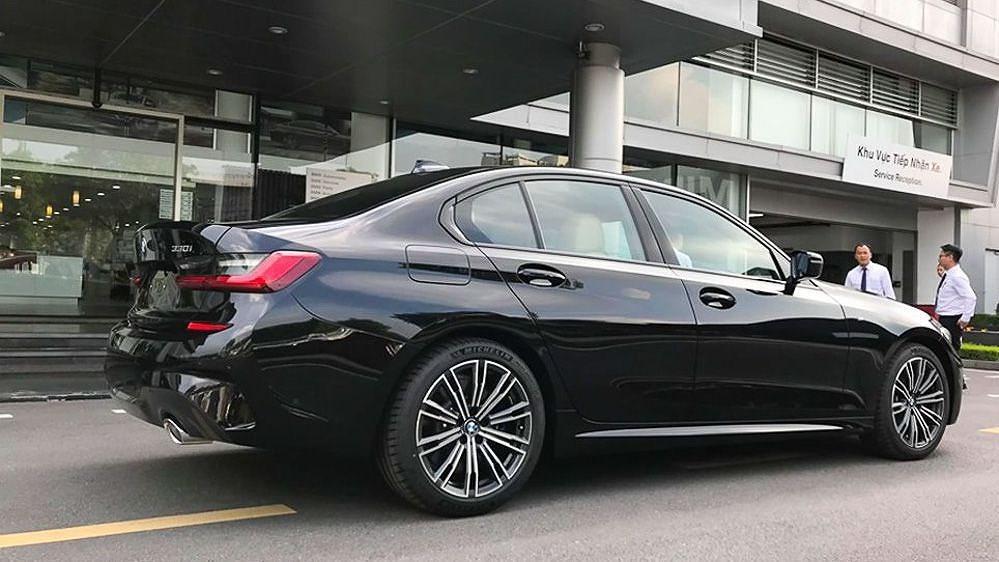 Cận cảnh BMW 330i M Sport giá 2,379 tỷ đồng sắp ra mắt tại Việt Nam Ảnh 4