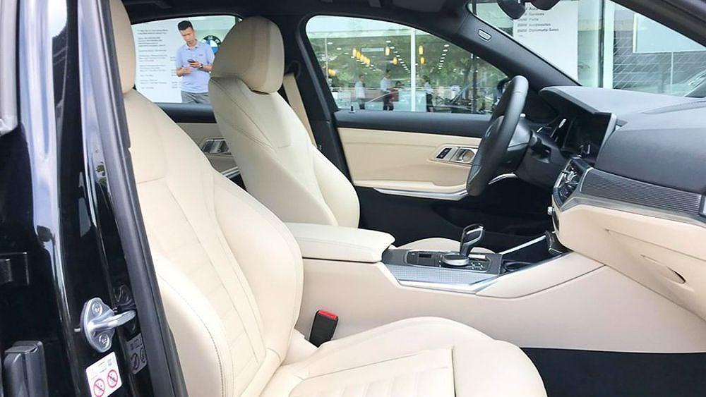 Cận cảnh BMW 330i M Sport giá 2,379 tỷ đồng sắp ra mắt tại Việt Nam Ảnh 13