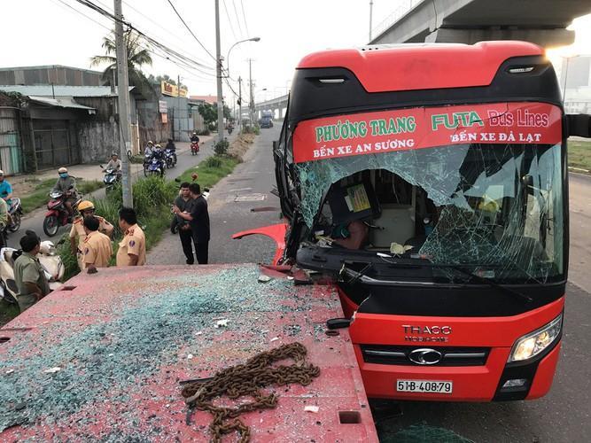 Ớn lạnh với hàng loạt vụ tai nạn xe khách Phương Trang Ảnh 2