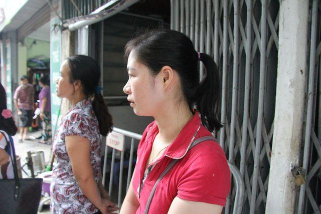 Sau vụ cháy Rạng Đông: Nhiều nhà dân nhận 'lệnh' di dời, sơ tán con về quê Ảnh 5