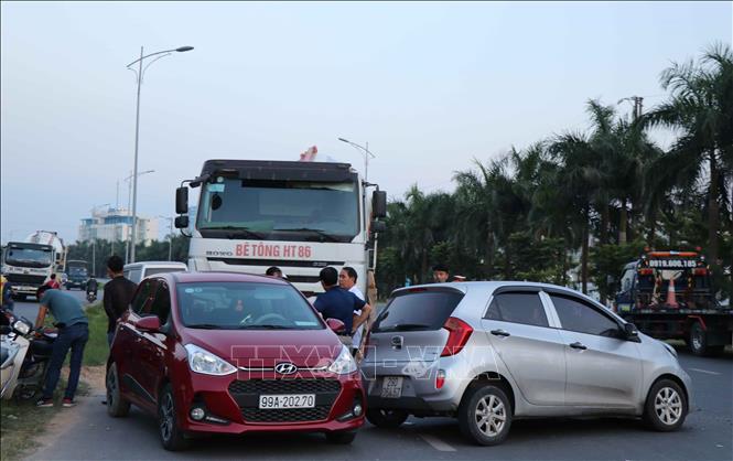 Tai nạn liên hoàn trên Quốc lộ 18, Bắc Ninh Ảnh 1