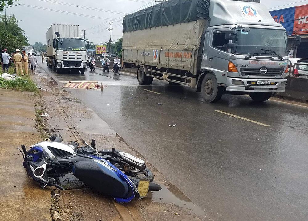 Xe container cán chết thầy giáo ở Đồng Nai rồi bỏ chạy Ảnh 1