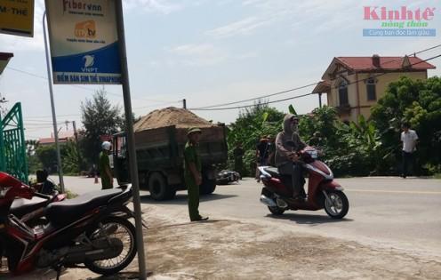 Nam Định: Xe tự chế lộng hành trên quốc lộ 21 Ảnh 5