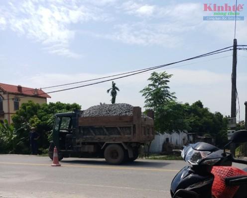 Nam Định: Xe tự chế lộng hành trên quốc lộ 21 Ảnh 8