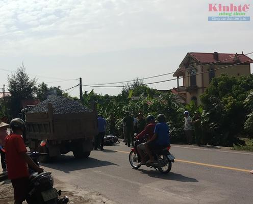 Nam Định: Xe tự chế lộng hành trên quốc lộ 21 Ảnh 2