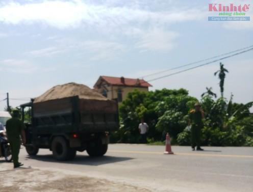 Nam Định: Xe tự chế lộng hành trên quốc lộ 21 Ảnh 4