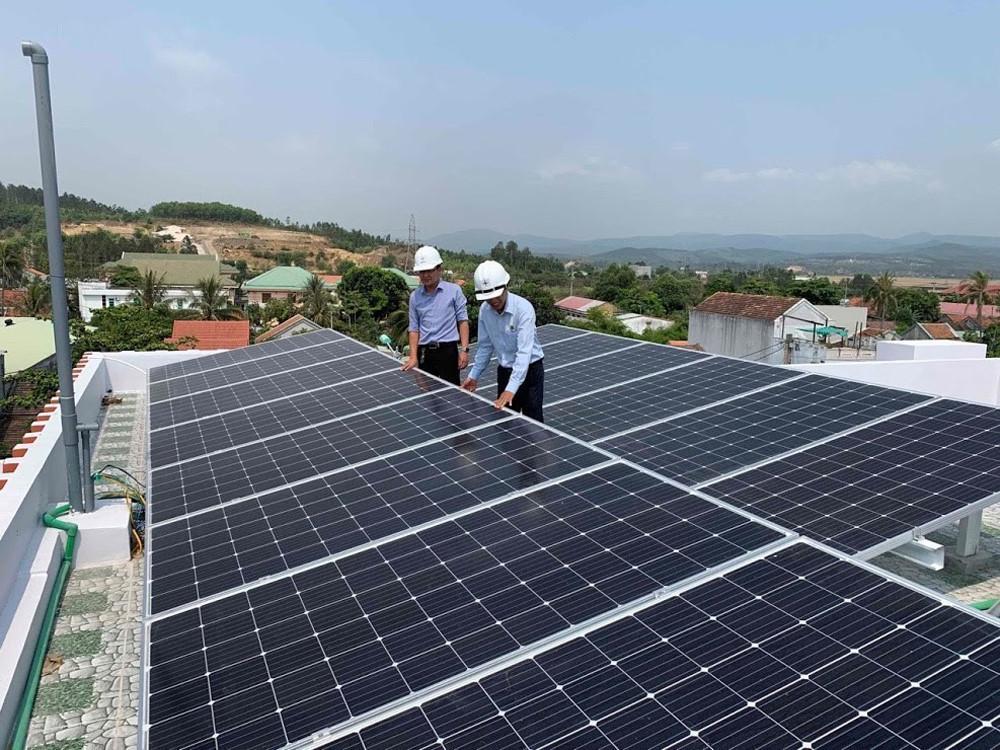 Hơn 2,5 MWp điện mặt trời đấu nối vào lưới điện Ảnh 1