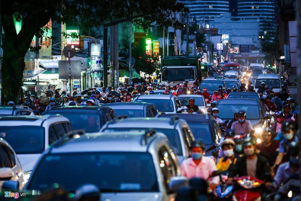 Con đường kẹt triền miên gần 20 năm ở phía đông Sài Gòn Ảnh 6
