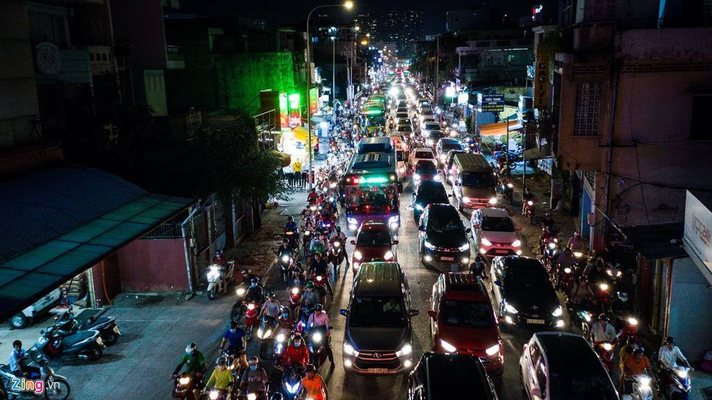 Con đường kẹt triền miên gần 20 năm ở phía đông Sài Gòn Ảnh 7
