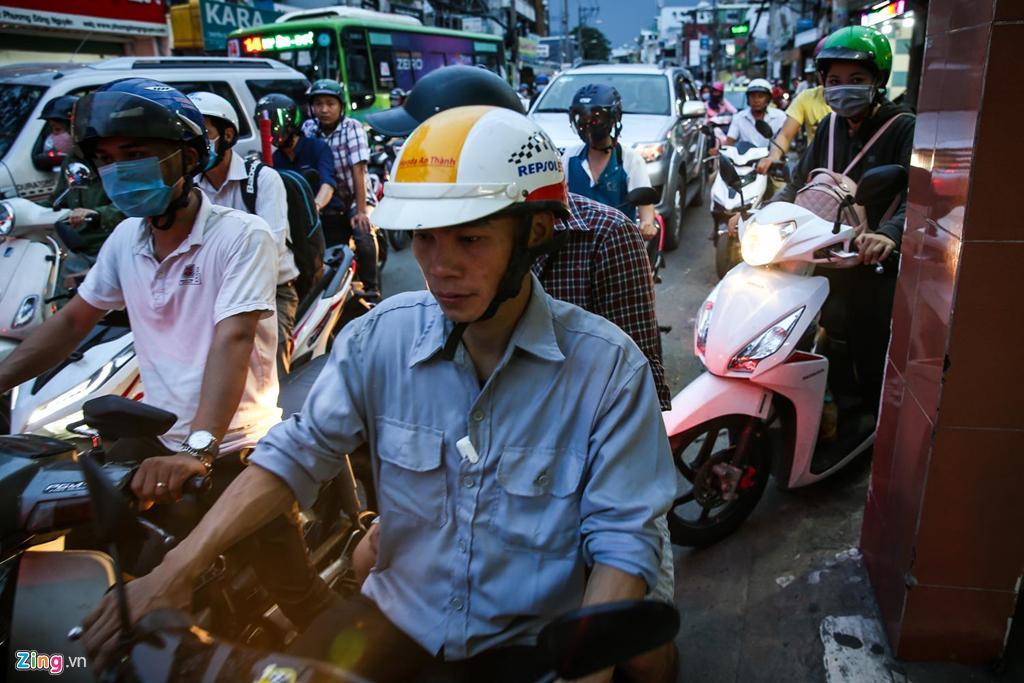 Con đường kẹt triền miên gần 20 năm ở phía đông Sài Gòn Ảnh 11
