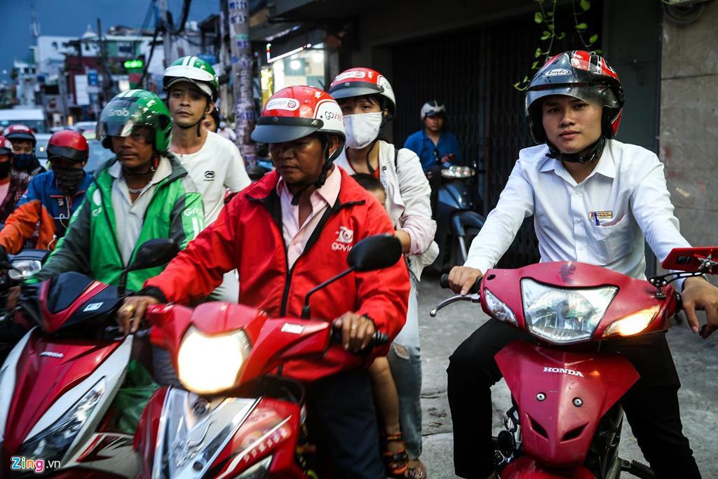 Con đường kẹt triền miên gần 20 năm ở phía đông Sài Gòn Ảnh 12