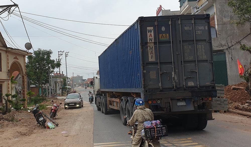 Quảng Ninh: Xe tải trọng lớn ồ ạt vào nội thị né trạm thu phí Ảnh 1
