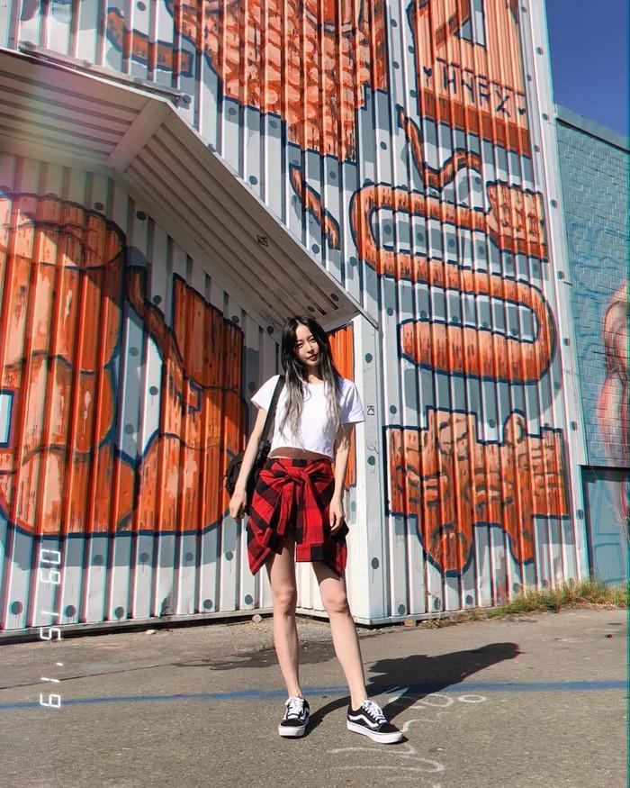 U40, Han Ye Seul vẫn khiến dân tình 'phát sốt' khi khoe vòng eo con kiến và body chuẩn như gái 20 Ảnh 1