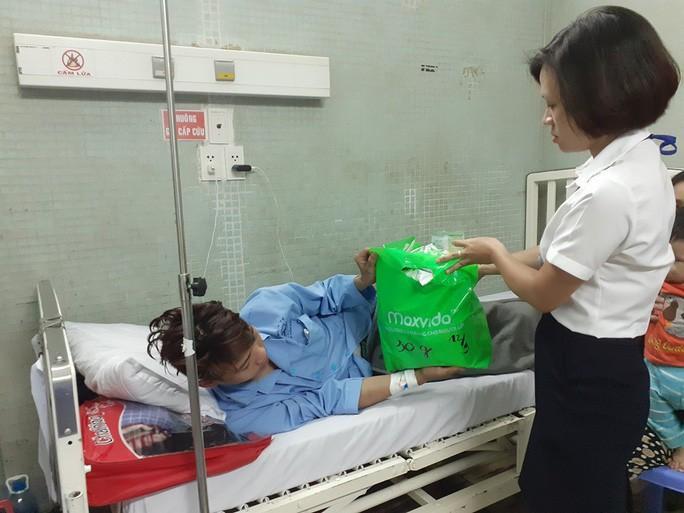 Vừa vào TP HCM tìm việc sau bão lũ, chàng trai miền Trung mất cả lách tụy Ảnh 2