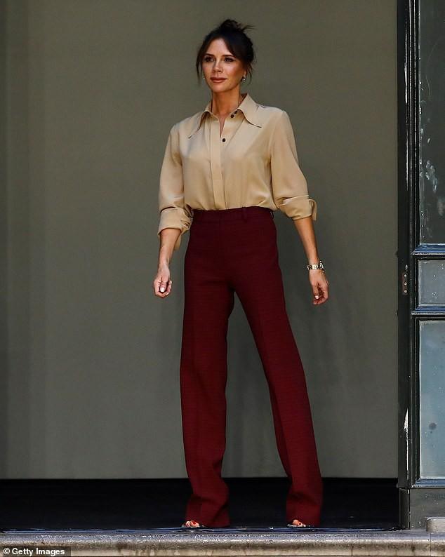 Victoria Beckham: 'Trang điểm giúp tôi thấy tự tin hơn' Ảnh 6