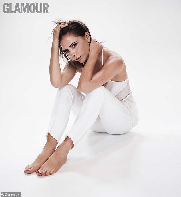 Victoria Beckham: 'Trang điểm giúp tôi thấy tự tin hơn' Ảnh 1