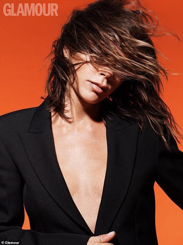 Victoria Beckham: 'Trang điểm giúp tôi thấy tự tin hơn' Ảnh 3