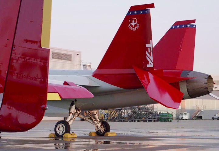 T-7 Red Hawk - trường dạy bay trên không cho phi công chiến đấu cơ F-22 và F-35 Mỹ Ảnh 11