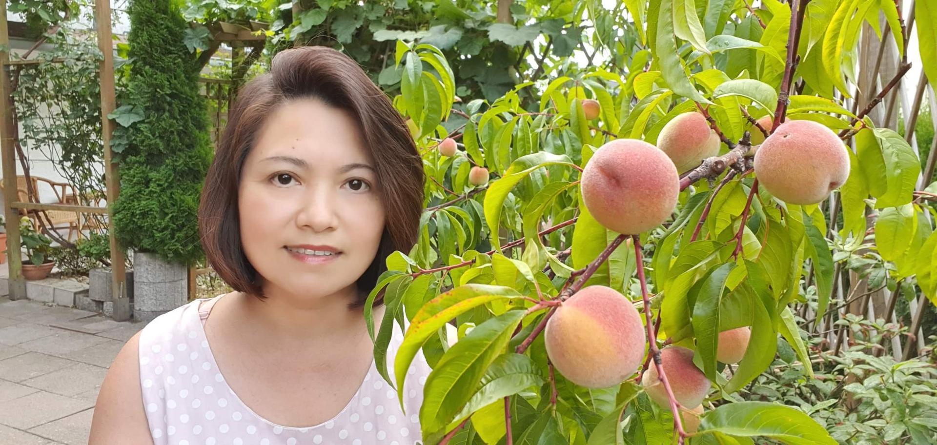 Khu vườn 1000m2 đầy hoa thơm trái ngọt của cặp vợ chồng người Việt ở Đức Ảnh 11