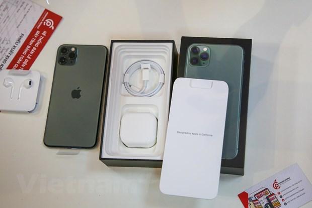 'Mổ xẻ' chiếc iPhone 11 Pro Max màu xanh rêu đầu tiên tại Hà Nội Ảnh 4