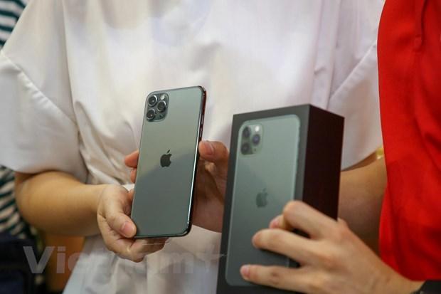 'Mổ xẻ' chiếc iPhone 11 Pro Max màu xanh rêu đầu tiên tại Hà Nội Ảnh 2