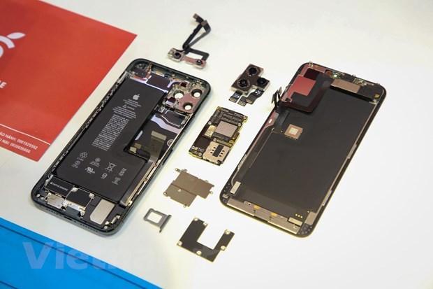 'Mổ xẻ' chiếc iPhone 11 Pro Max màu xanh rêu đầu tiên tại Hà Nội Ảnh 10