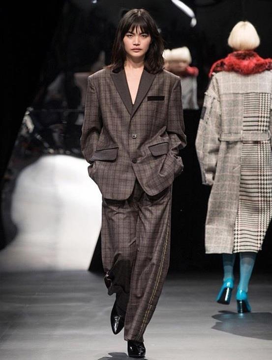 3 bông hồng lai thế hệ mới của làng thời trang Nhật Bản Ảnh 3