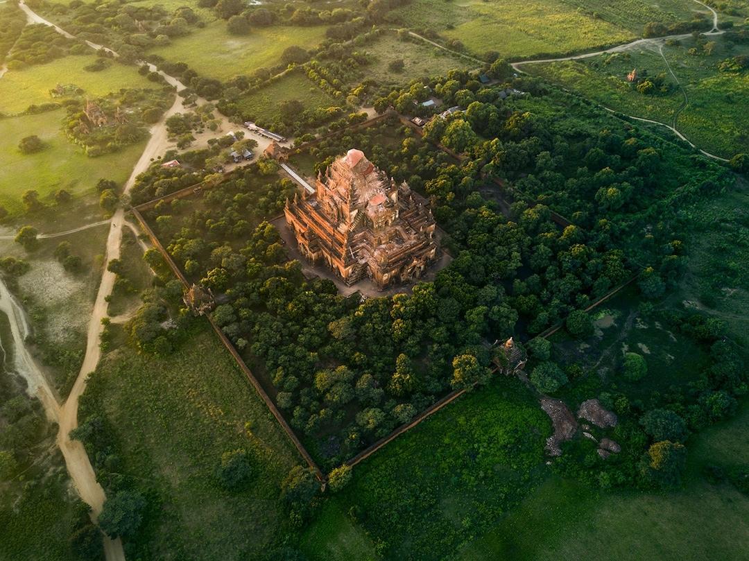 Chiêm ngưỡng loạt ảnh từ trên cao, Myanmar xứng danh ' đất nước của những ngôi chùa' Ảnh 2