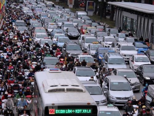 Xóa điểm đen ùn tắc giao thông ở Hà Nội – Bài 1: Những nguy cơ Ảnh 1
