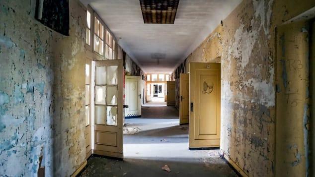 Có gì bên trong 'Tử Cấm Thành' bị bỏ hoang, đổ nát của Liên Xô cũ Ảnh 6
