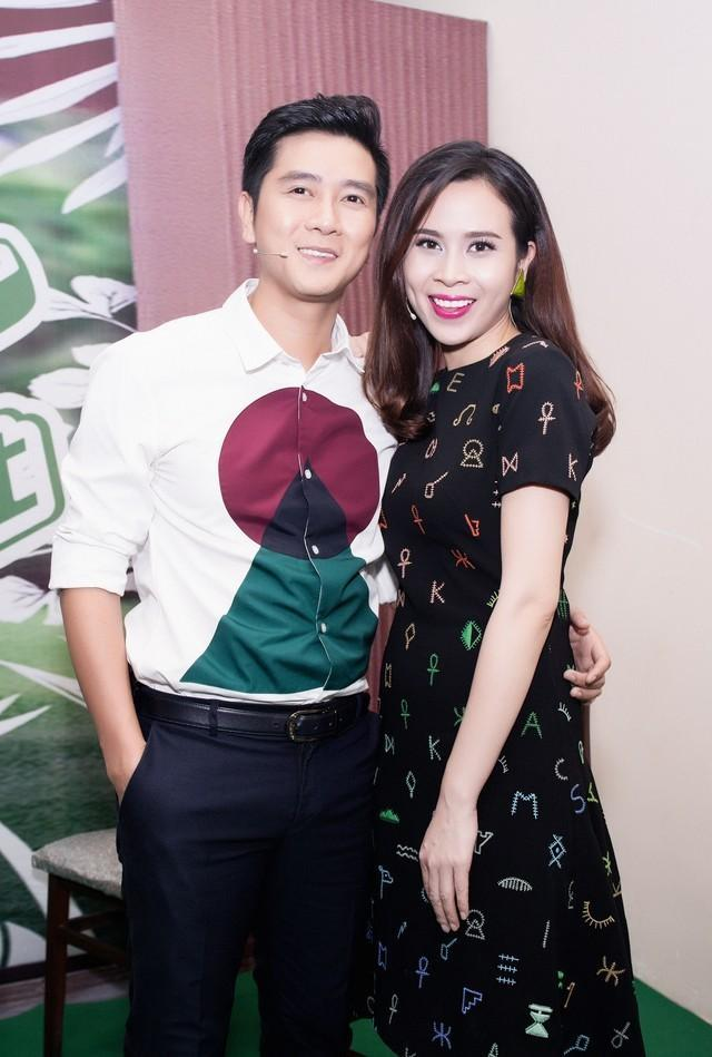 Soi thời trang Lưu Hương Giang - Hồ Hoài Anh mới hiểu vì sao sau li hôn, họ lại về bên nhau! Ảnh 4
