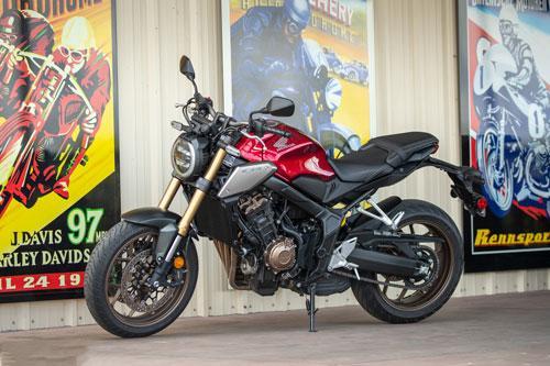 Top 10 môtô đáng mua nhất trong tầm giá dưới 10.000 USD: Honda CB650R góp mặt Ảnh 6