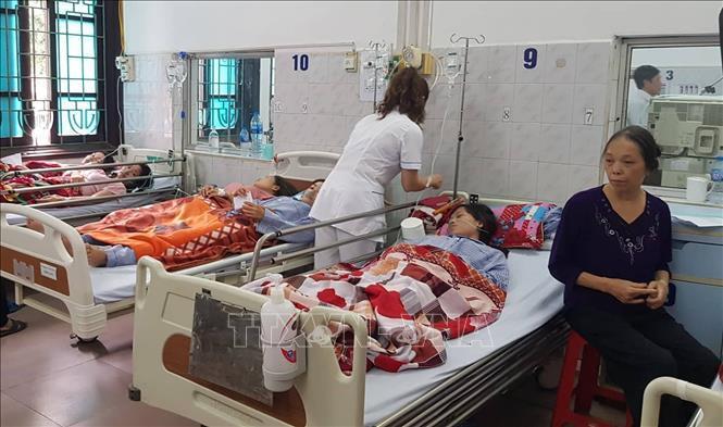 Vụ ngộ độc khí tại Công ty Golden Victory Việt Nam: Tích cực cứu chữa cho các bệnh nhân Ảnh 1