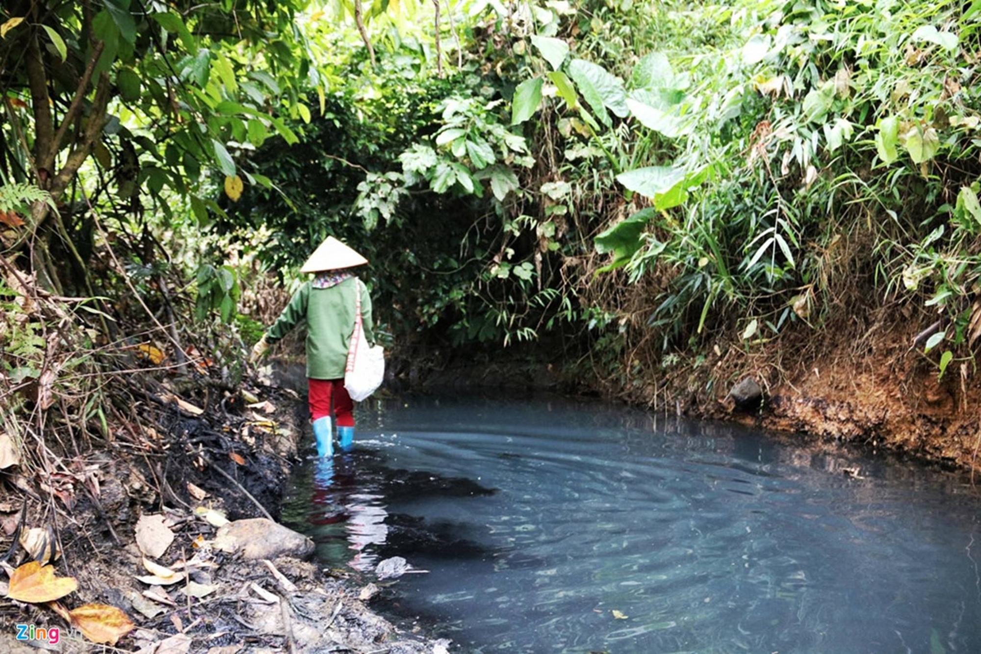 Vụ nước sông Đà nhiễm dầu thải: Cần giám sát thường xuyên, bảo vệ nguồn nước cấp Ảnh 3