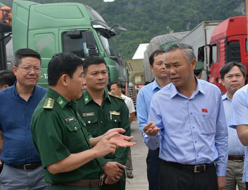 500 xe hàng nông sản ùn ứ tại cửa khẩu Tân Thanh Ảnh 2