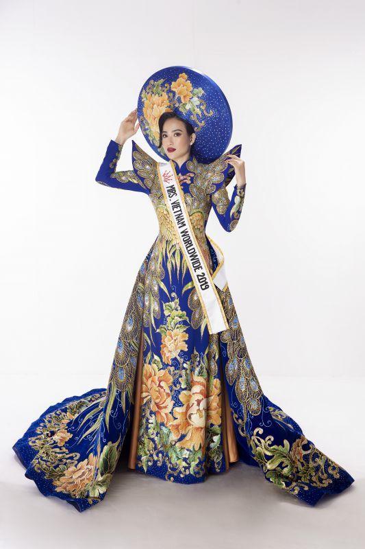 Lê Vũ Hoàng Hạt giành giải Hoa hậu Quý bà thân thiện tại Hoa hậu Phụ nữ Toàn thế giới 2019 Ảnh 3