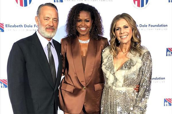 Cựu phu nhân tổng thống Mỹ Michele Obama mặc đồ của NTK Công Trí Ảnh 1