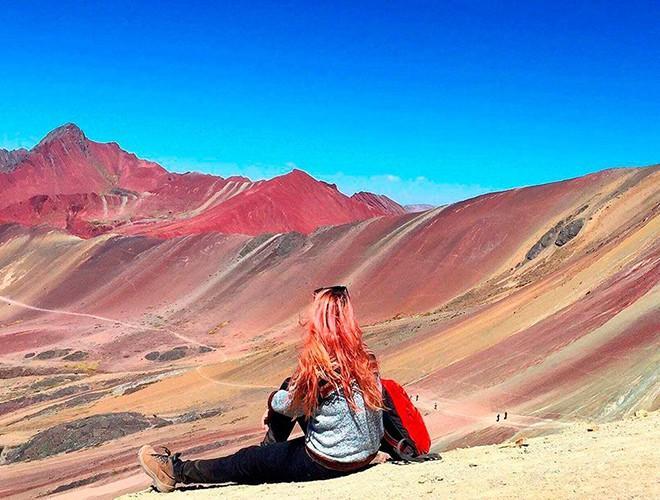 Chiêm ngưỡng ngọn núi 'Cầu vồng' có màu sắc sặc sỡ ở Peru Ảnh 9
