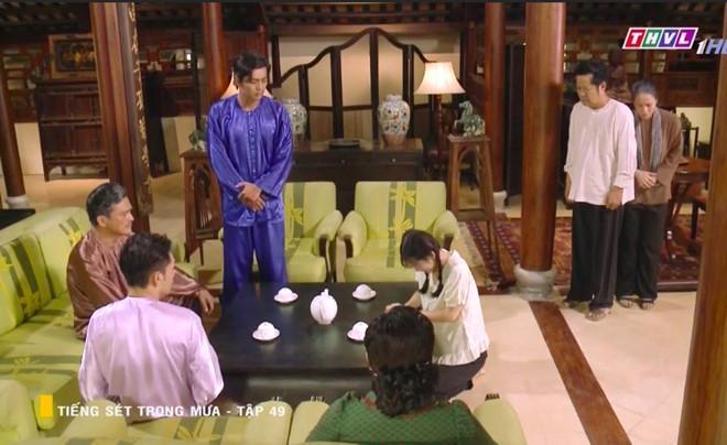 'Tiếng sét trong mưa' tập 49: Phượng khóc, tiết lộ có bầu với anh trai Ảnh 3