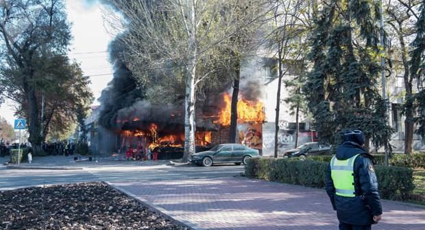 Cháy nổ liên tiếp ở thủ đô Kyrgyzstan, nhiều người thương vong Ảnh 1