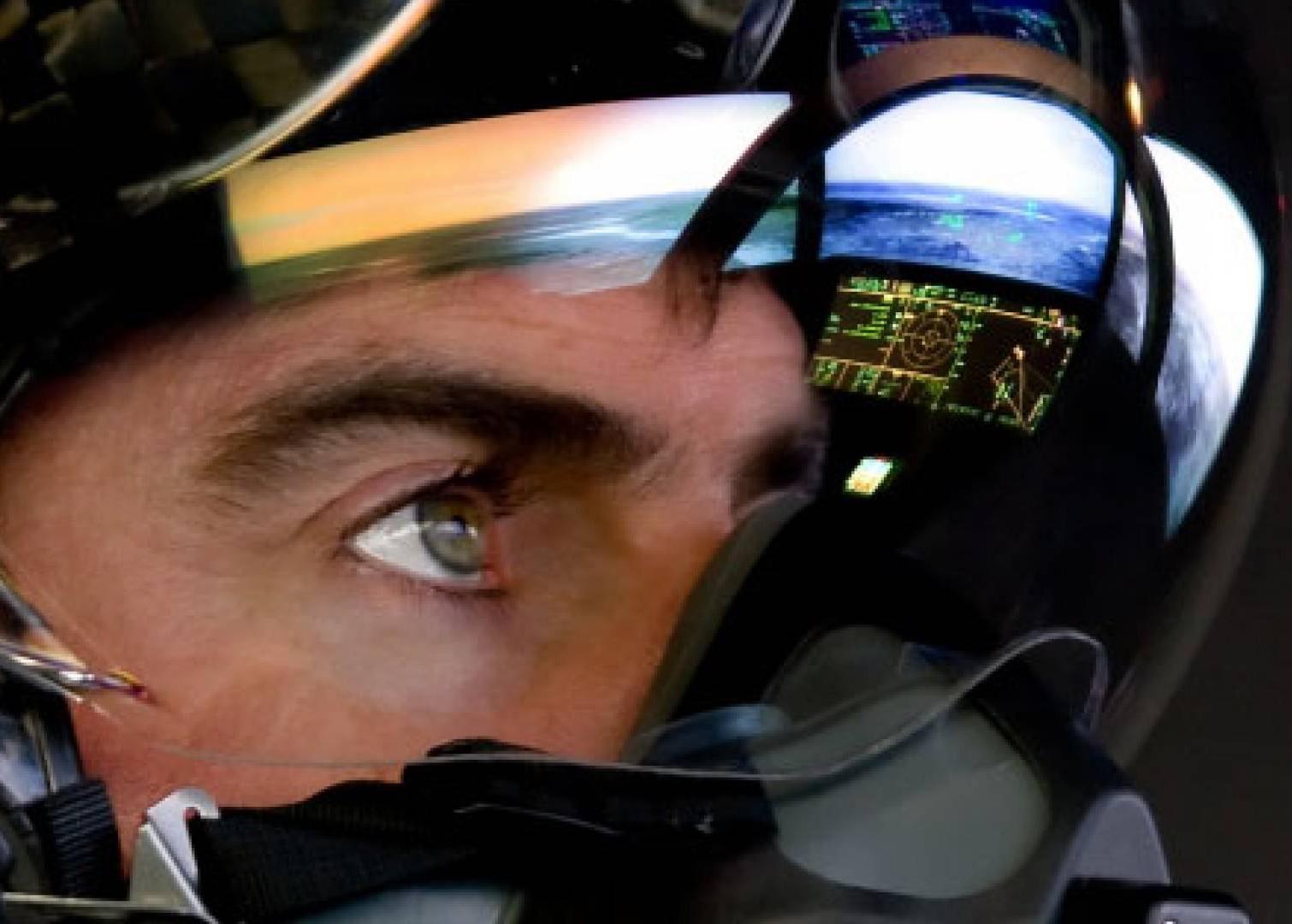 Thấy gì qua chiếc mũ 9 tỷ đồng dành cho phi công chiến đấu cơ F-35? Ảnh 14