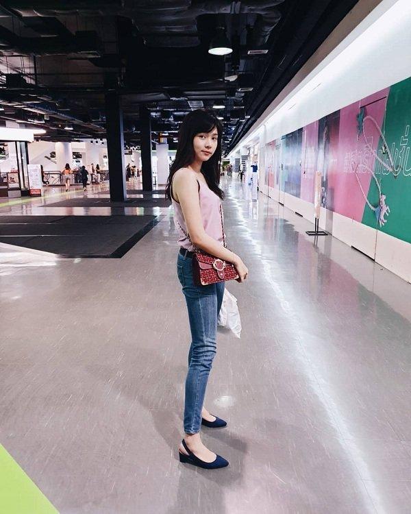Thời trang mộc mạc, bình dị của tân Hoa hậu Quốc tế 2019 Ảnh 10