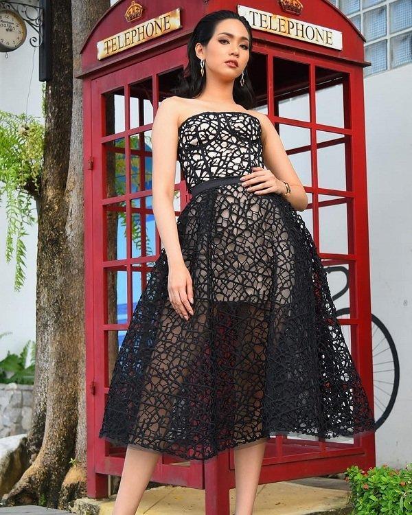 Thời trang mộc mạc, bình dị của tân Hoa hậu Quốc tế 2019 Ảnh 8