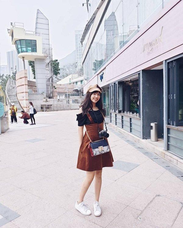Thời trang mộc mạc, bình dị của tân Hoa hậu Quốc tế 2019 Ảnh 3